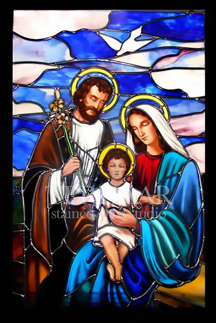 stained-glass-art_holy-family_stained-glass-window_house-of-worship_terhaarglass.com