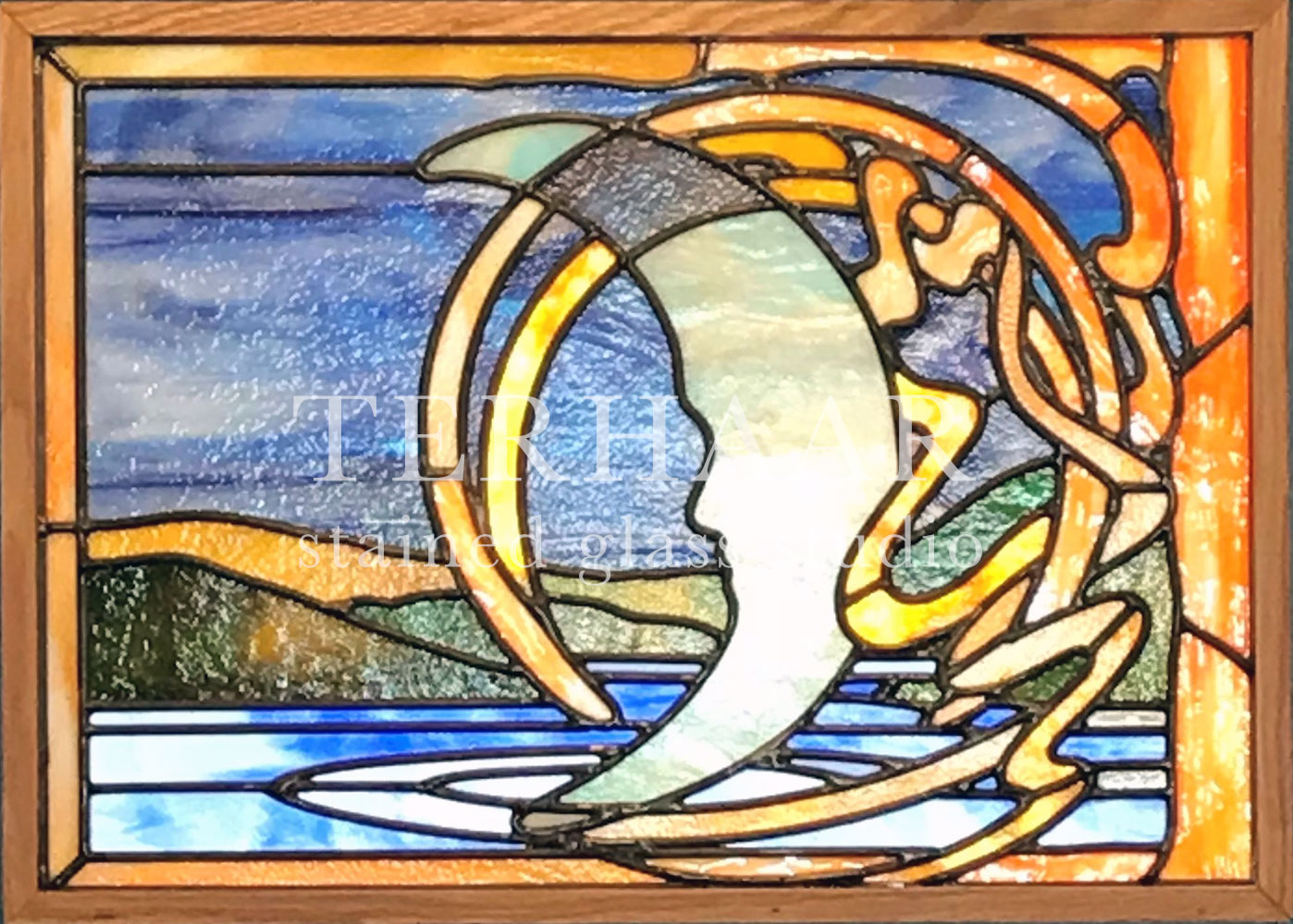 stained-glass-art_moon_stained-glass-window_residential_gallery-page_terhaarglass.com